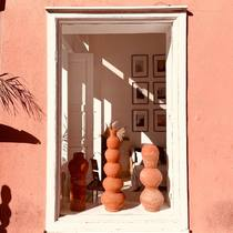 Morning from our studio boutique in Guéliz.  We are open Monday to Saturday 10:00 am-6:30 pm.  Come visit us!